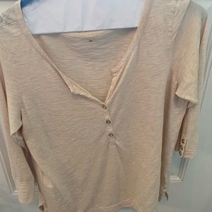 Lilly gold top size large